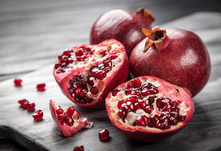 Granat - owoc życia.
