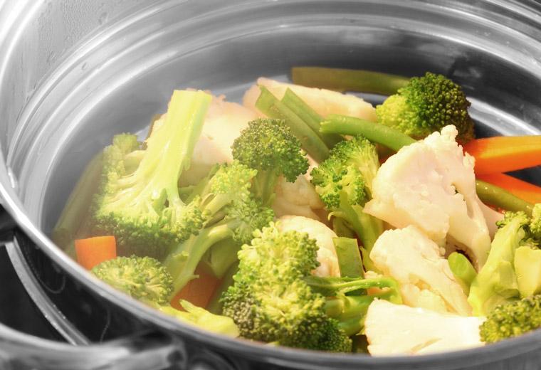 Jak przygotować warzywa, żeby zachować wszystkie wartości odżywcze?