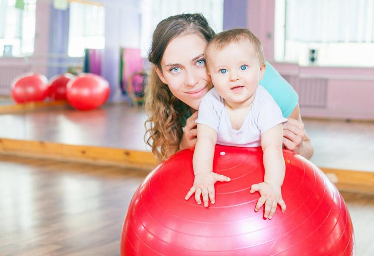 Treningi w czasie karmienia piersią- jak to pogodzić?