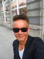lek. med. Dariusz Mikołajczyk