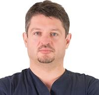 lek. dent. Mariusz Pankowski