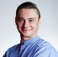 lek. dent. Maciej Błoński
