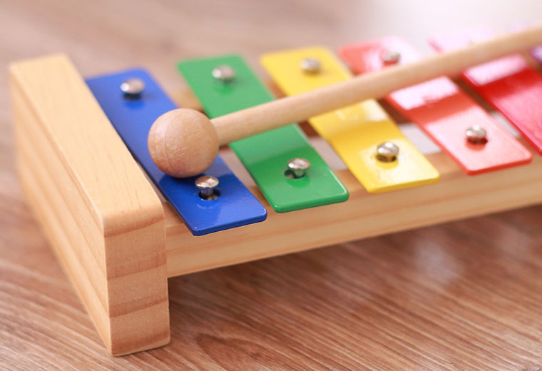 Zabawki edukacyjne dla dziecka