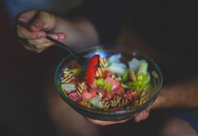 Jedzenie regularne - jak sobie z tym poradzić?
