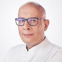 dr n. med. Piotr Wychowański