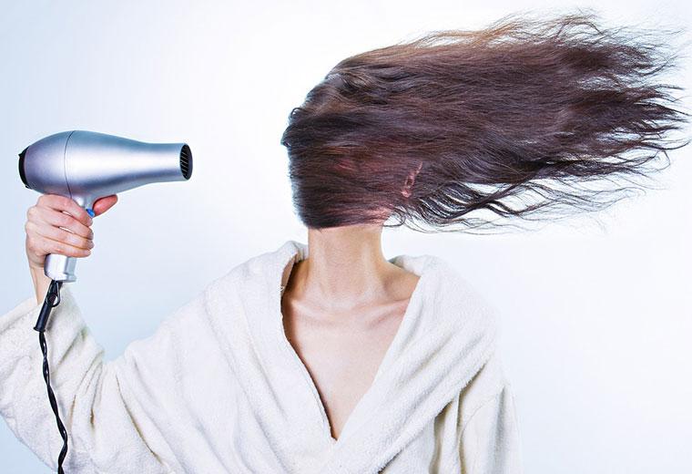5 sposobów na regenerację włosów