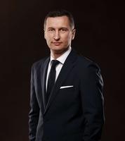 dr Piotr Winkler