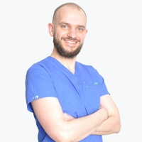 lekarz Łukasz Stysiak
