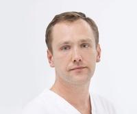 lekarz Mateusz Blank