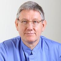 lekarz Artur Gromadziński