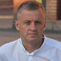 lekarz Jarosław Jakiel