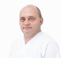 dr Piotr Karaszewski