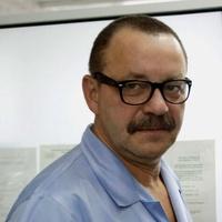 lekarz Robert Małek