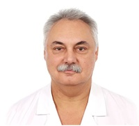 lekarz Piotr Tarnowski