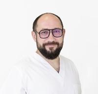 dr Bartosz Brzozowski