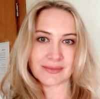 dr n. med. Agata Gruna-Ożarowska