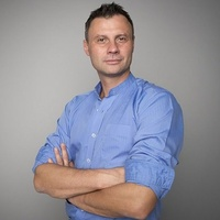 dr n. med. Paweł Skowronek