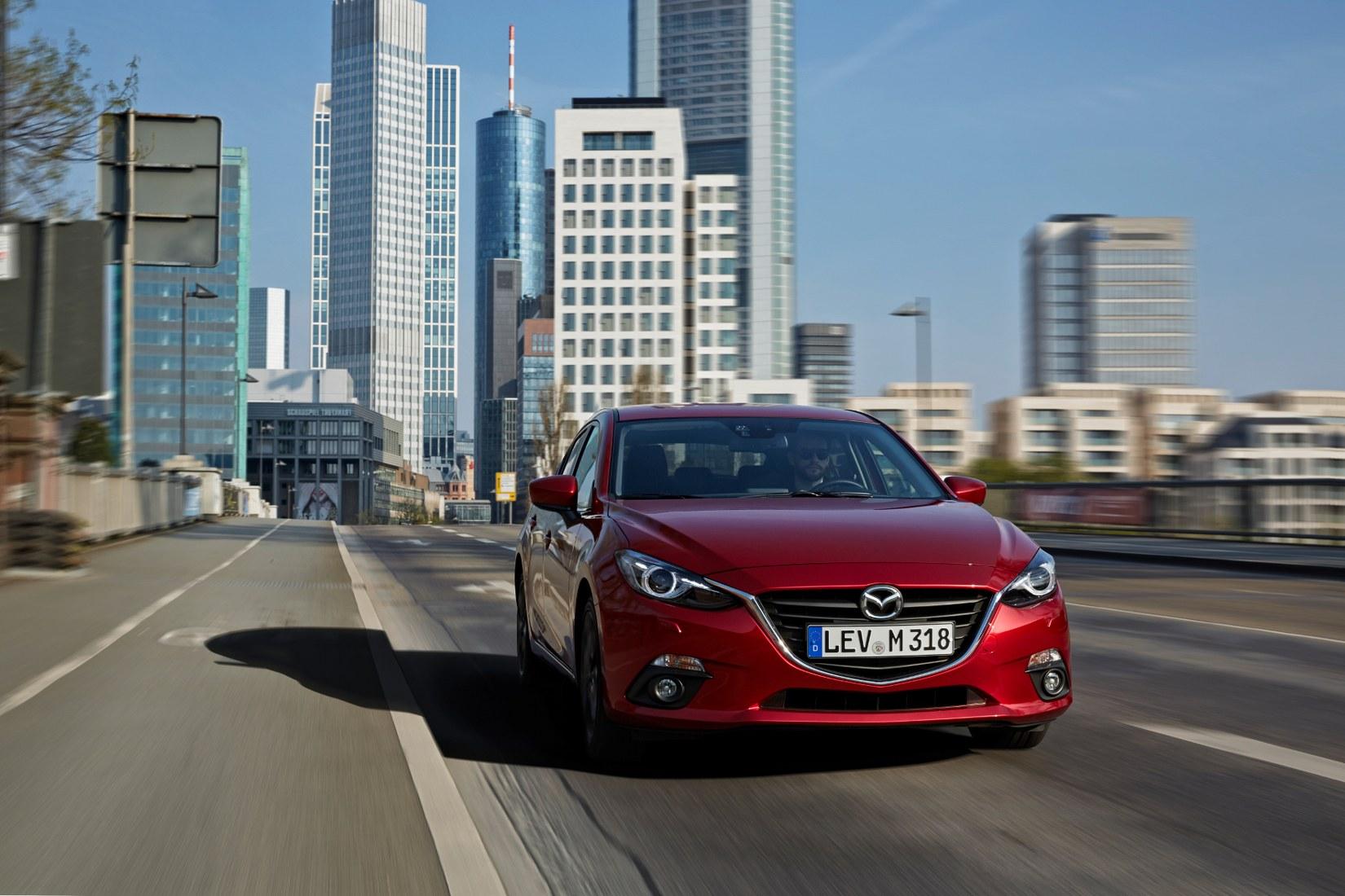 Mazda 3 nowy samochód
