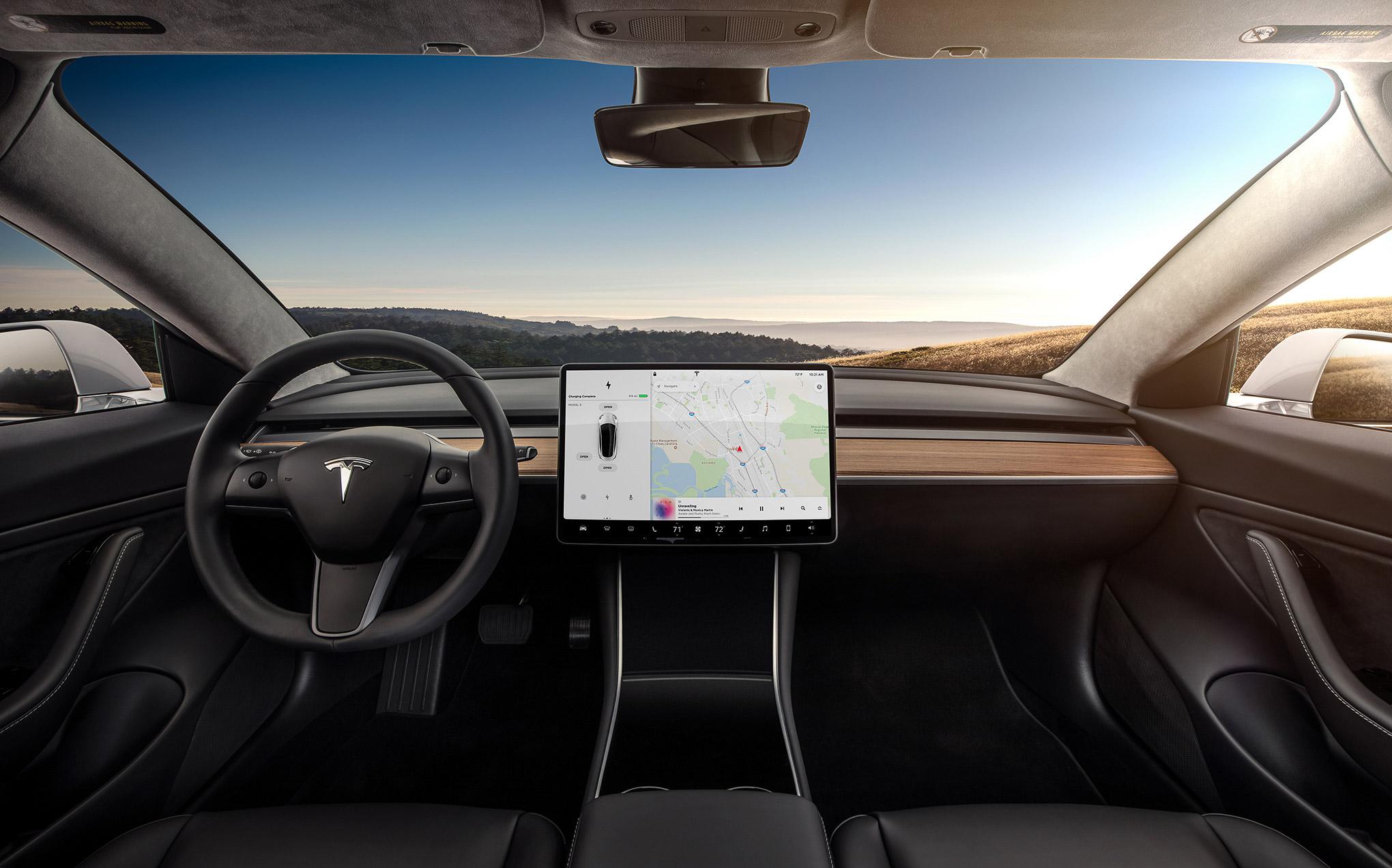 ekrany-dotykowe-w-samochodach