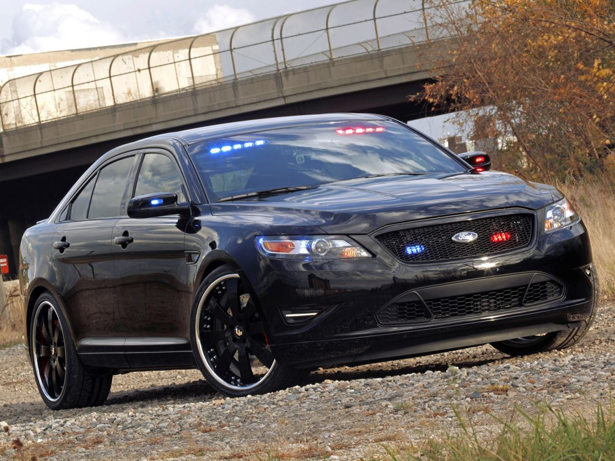 Taurus-Police-2
