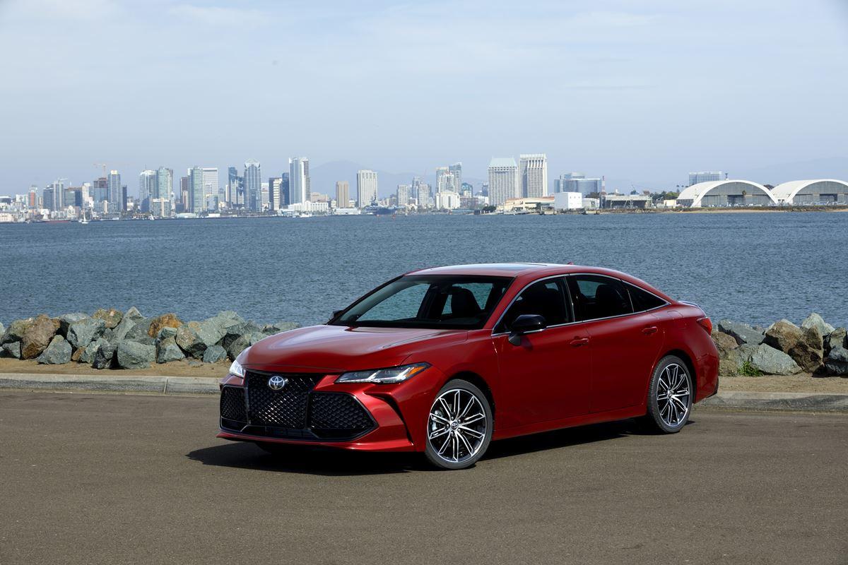 Toyota-Avalon-2019-1