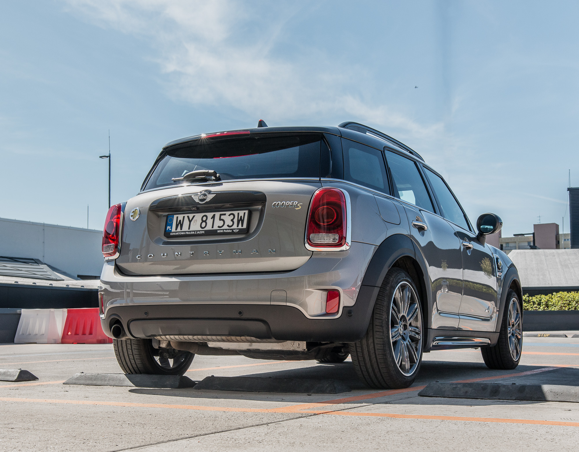 MINI-Countryman-Cooper-S-E-ALL4-1
