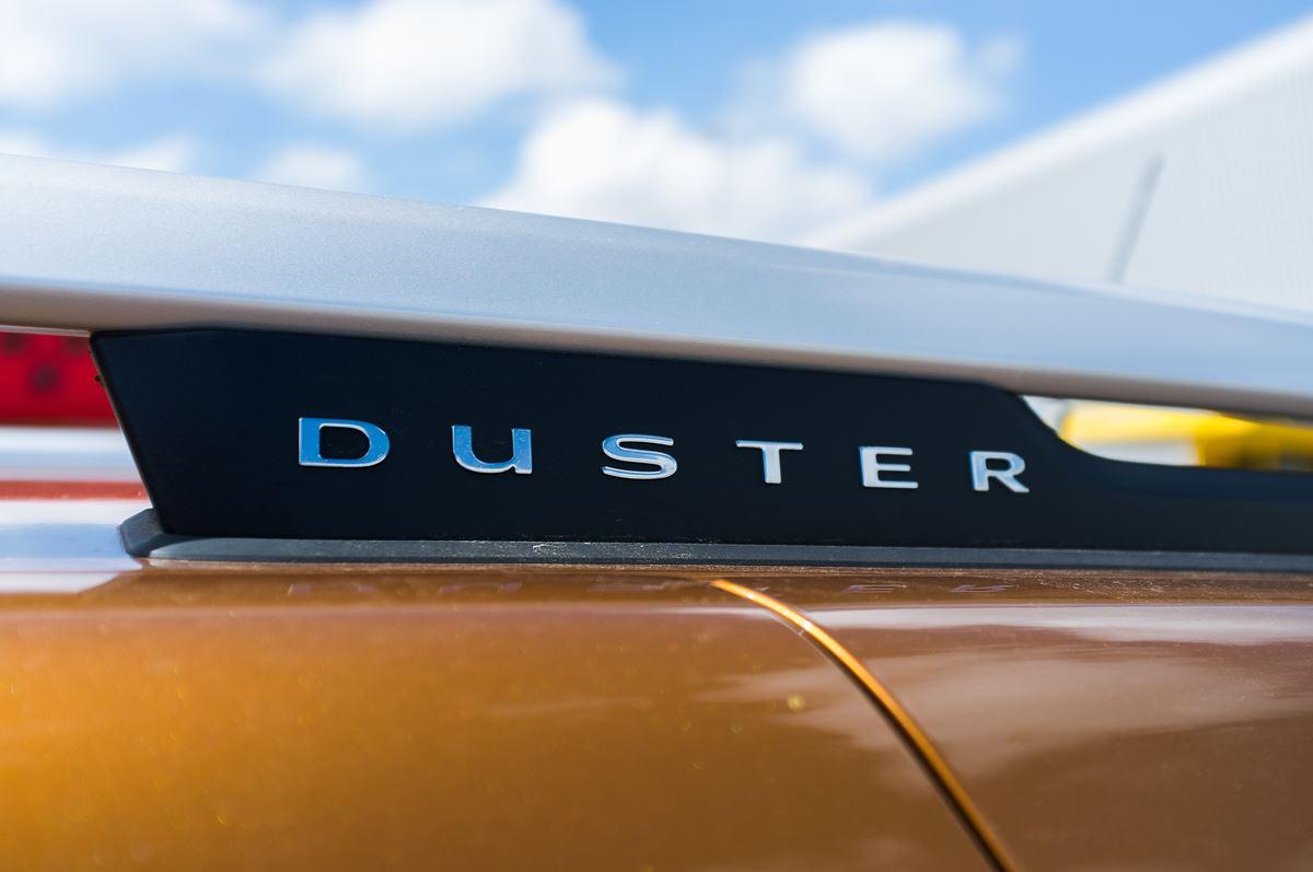 Porownanie-Dacia-Duster2