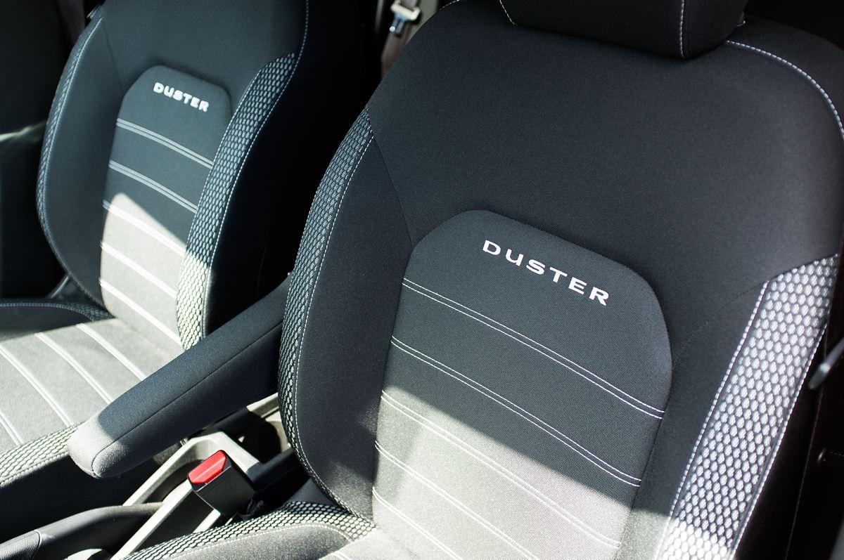 Porownanie-Dacia-Duster-14