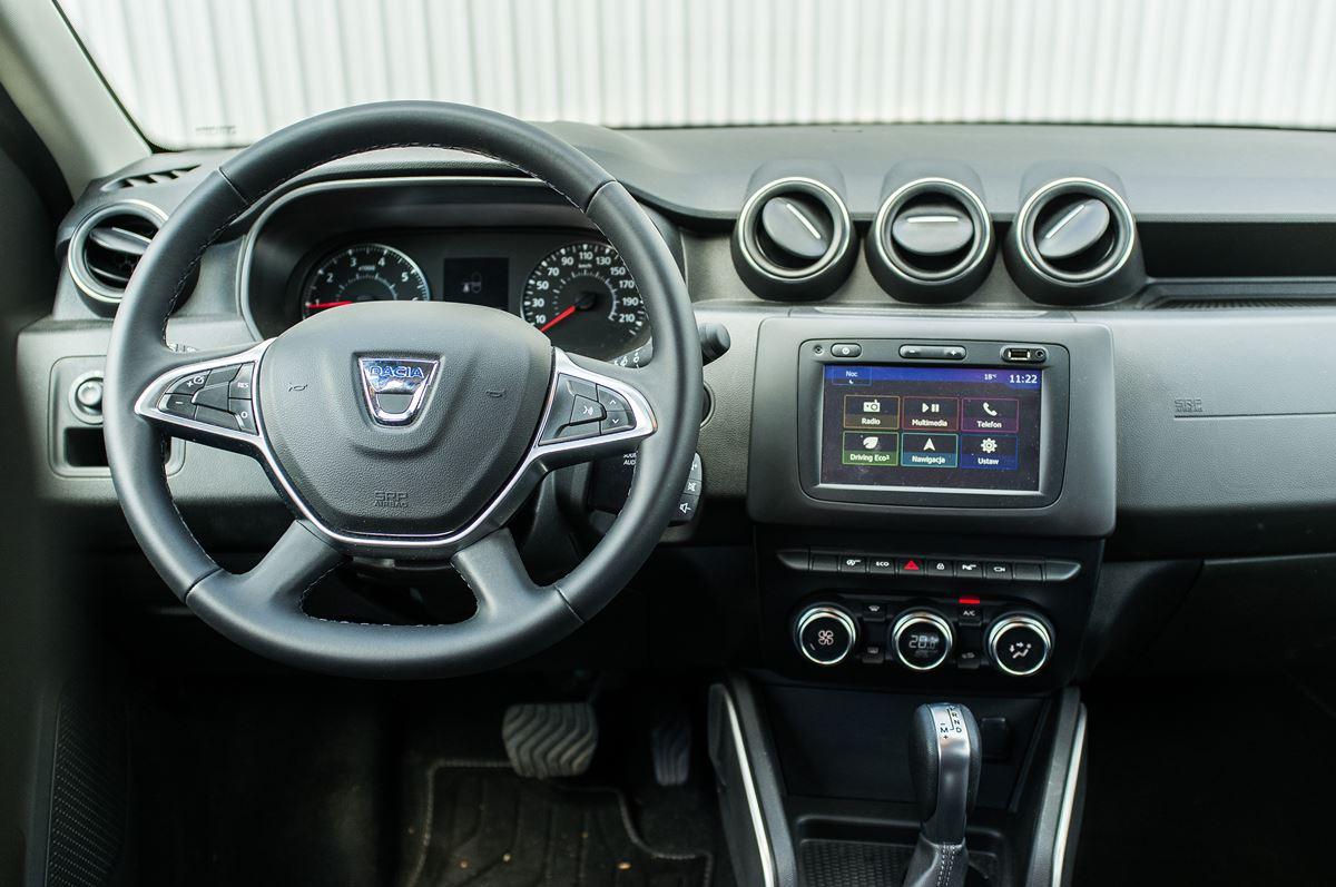 Porownanie-Dacia-Duster-12