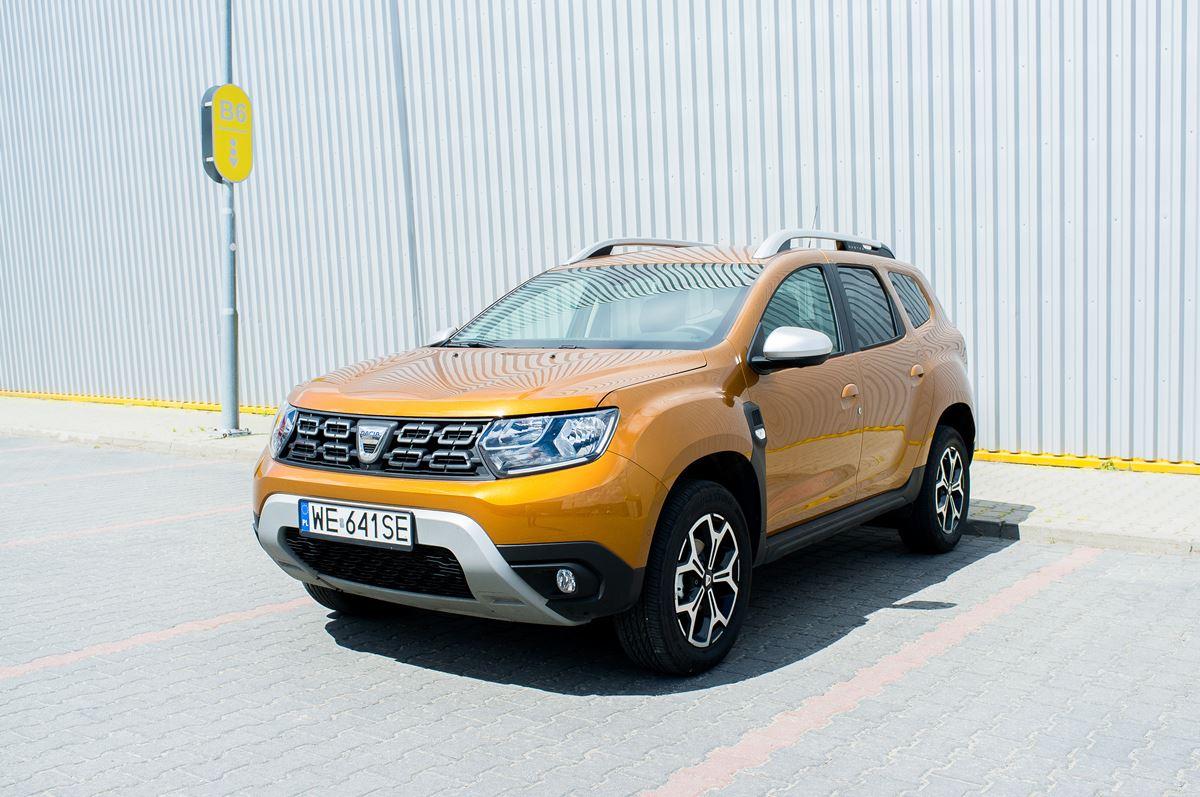 Porownanie-Dacia-Duster-30