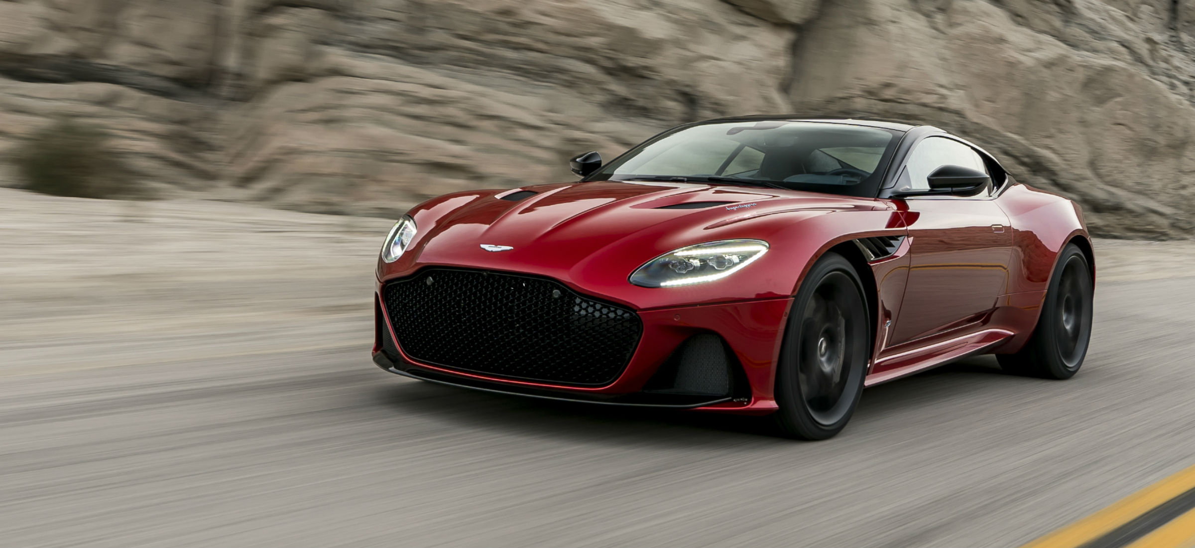 Aston Martin DBS Superleggera dlaczego super i co ma leggera