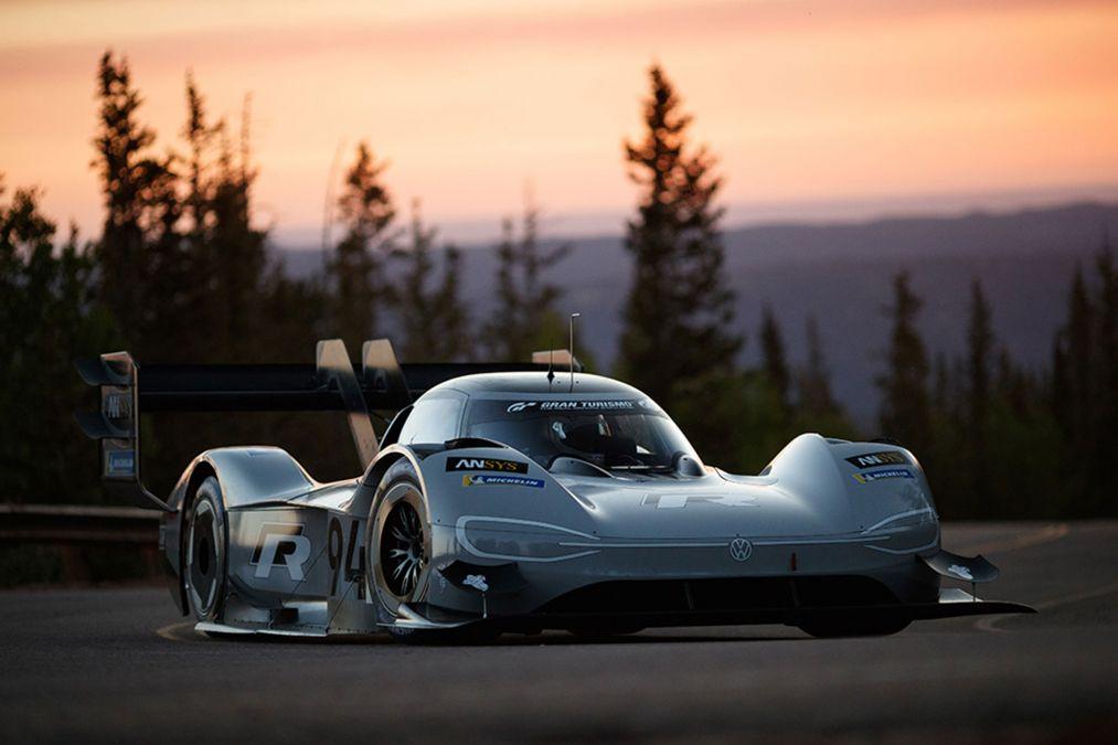 Volkswagen-Pikes-Peak-2