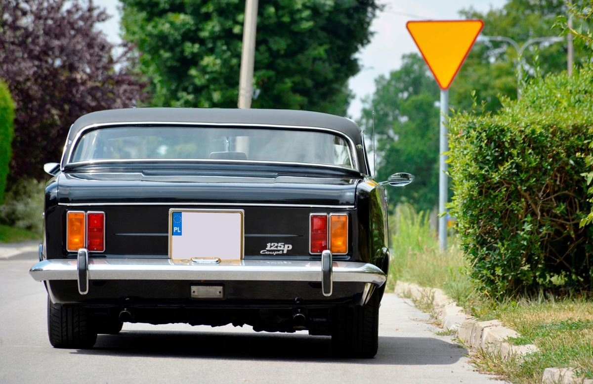 Fiat-125p-Coupe-2