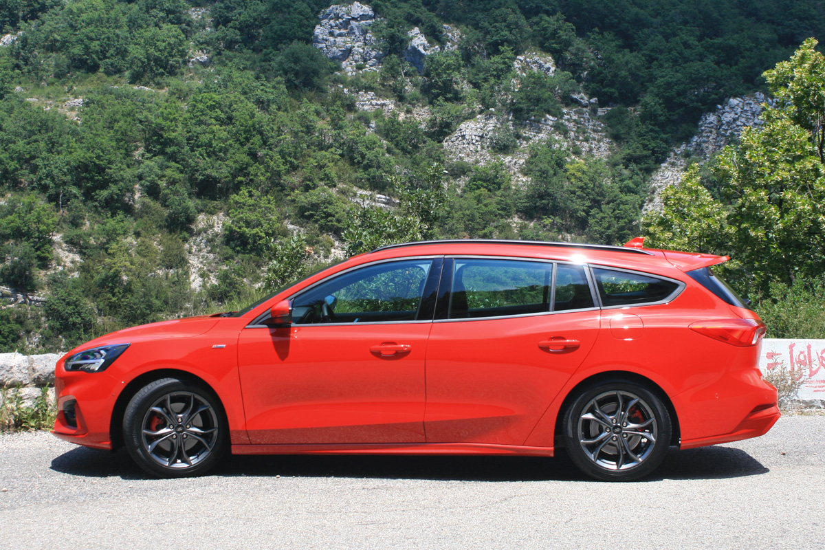 nowy-ford-focus-6
