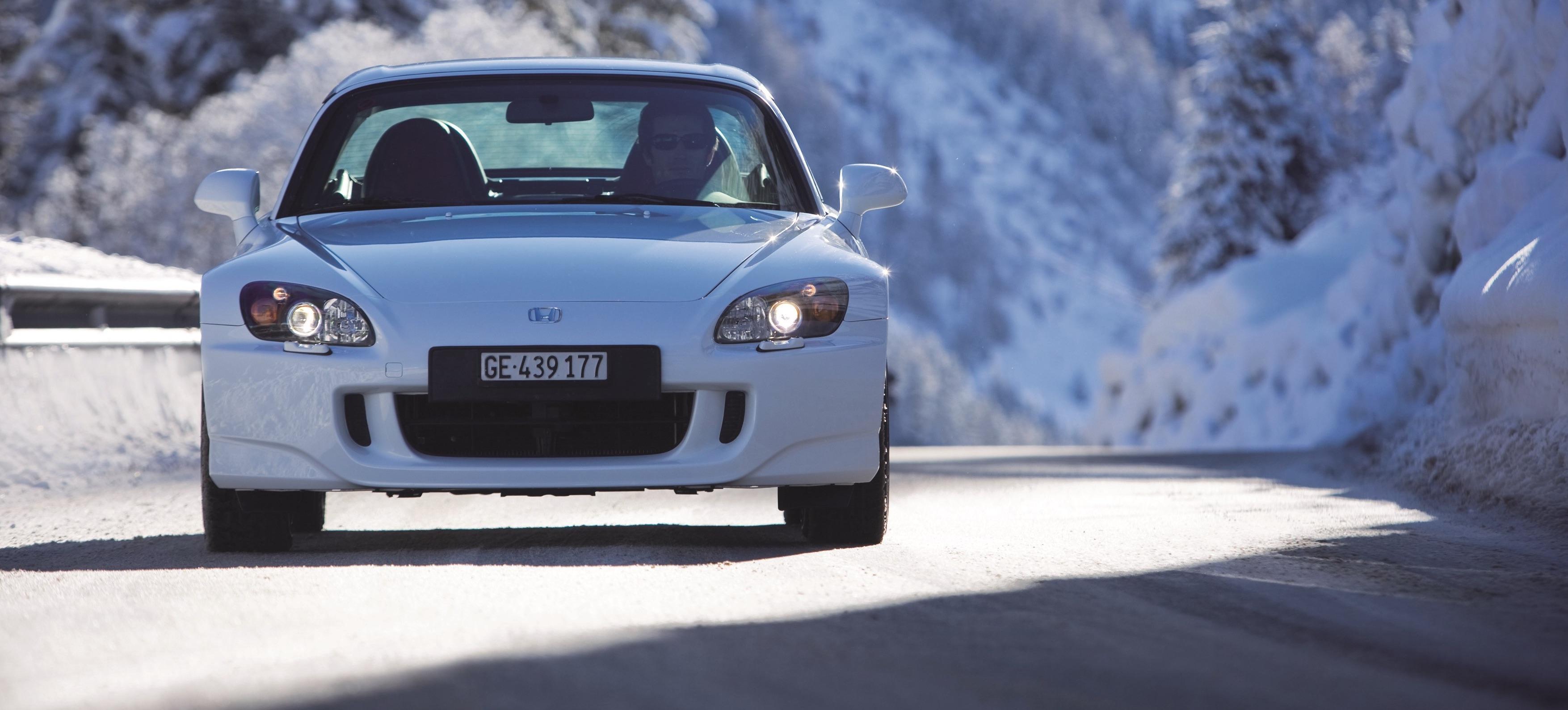 Inteligentny Przegląd ogłoszeń: samochody sportowe z potencjałem na wzrost wartości WD73