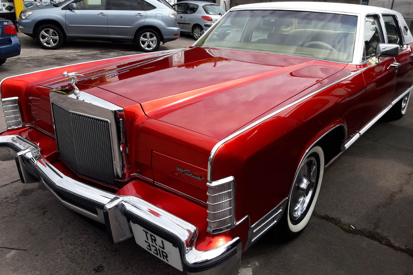 lincoln continental mark v v12