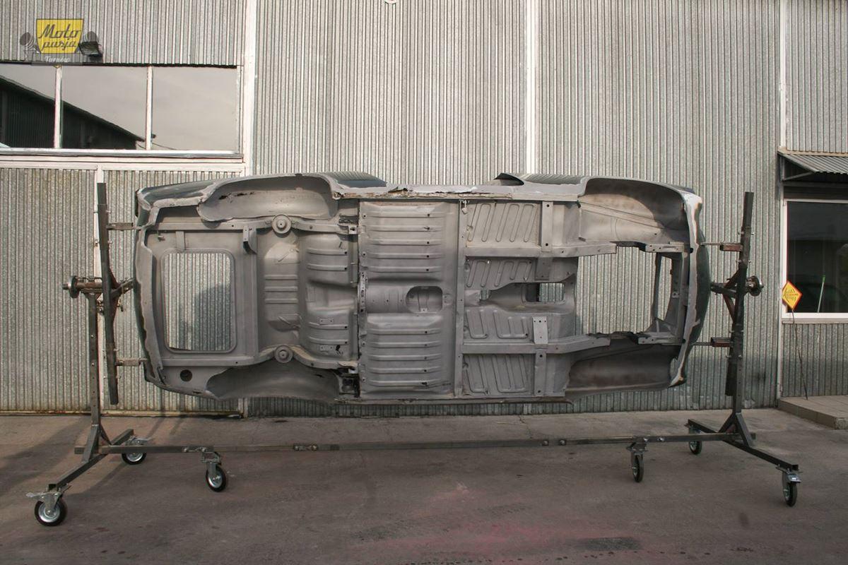 Volvo P1800 renowacja