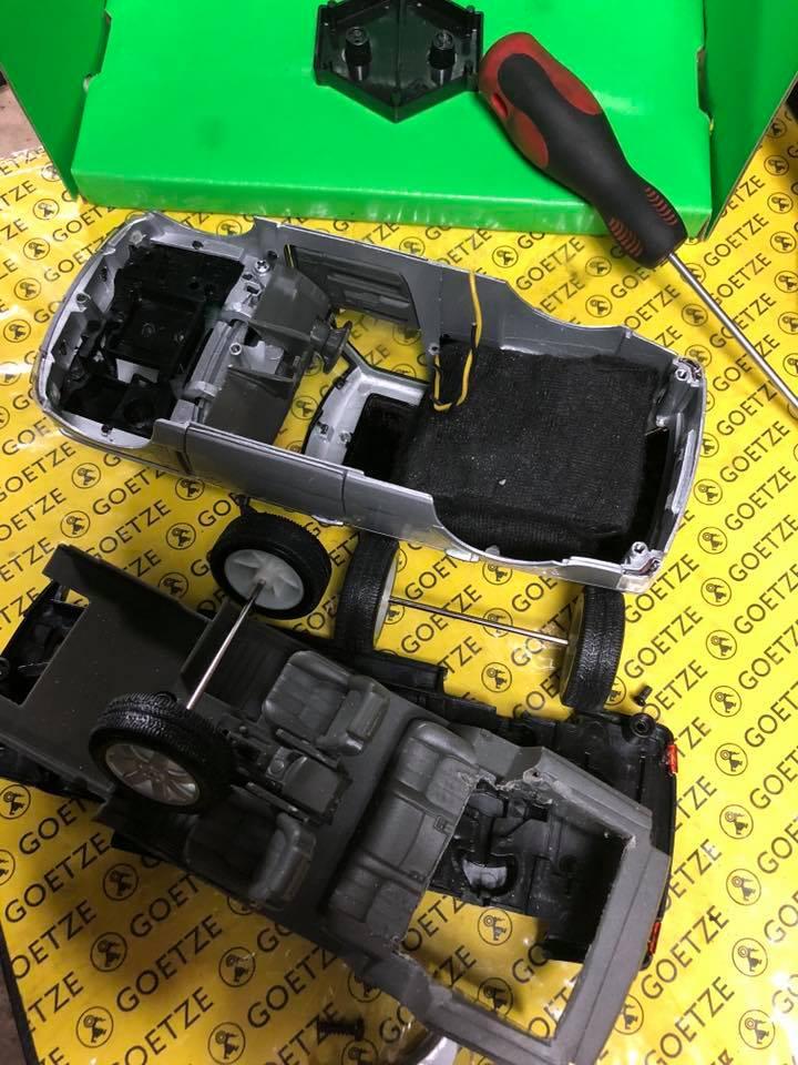 nadajniki gps w samochodzikach