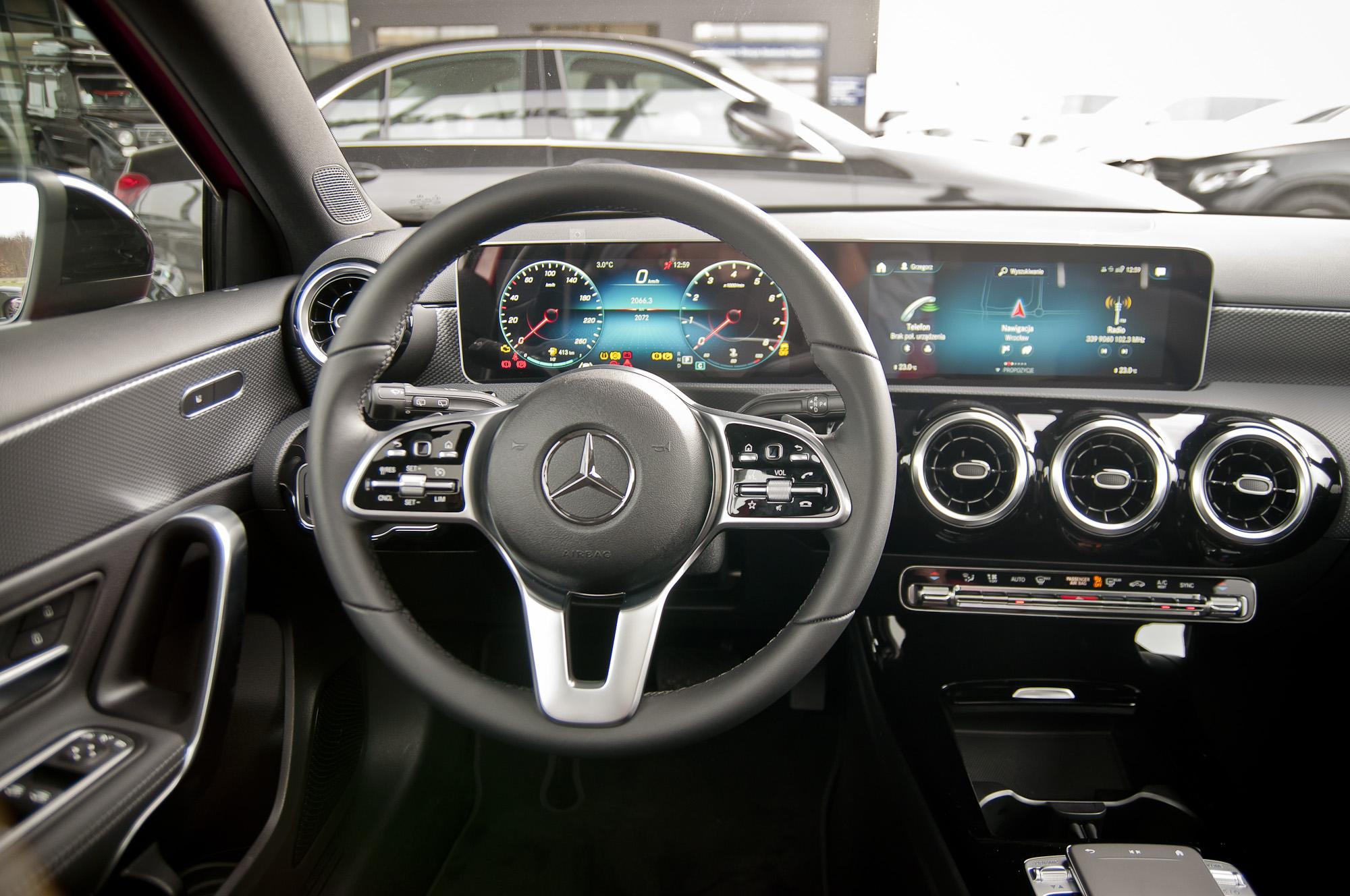 Mercedes Klasa A MBUX