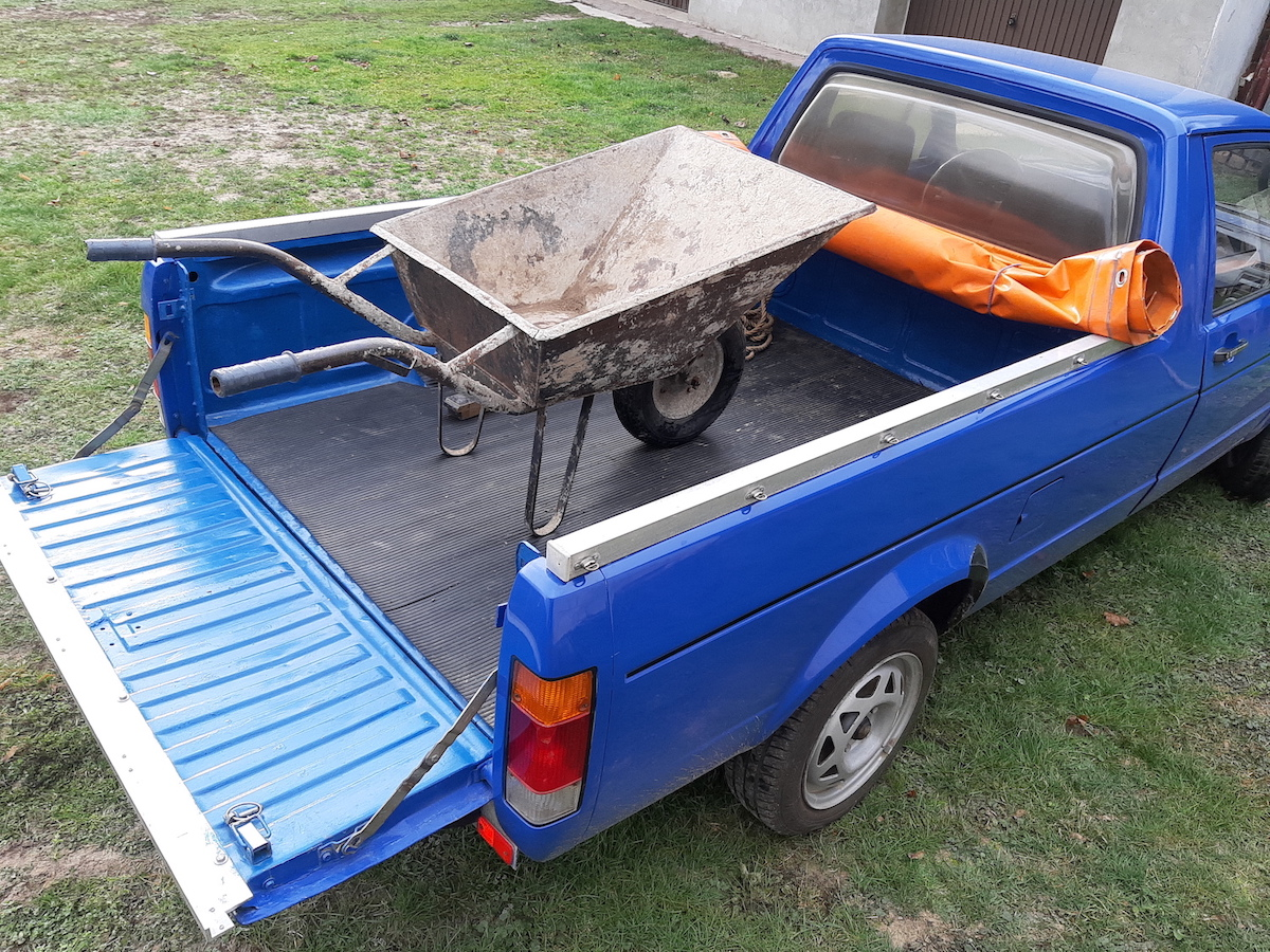 volkswagen-pickup-caddy-taczka