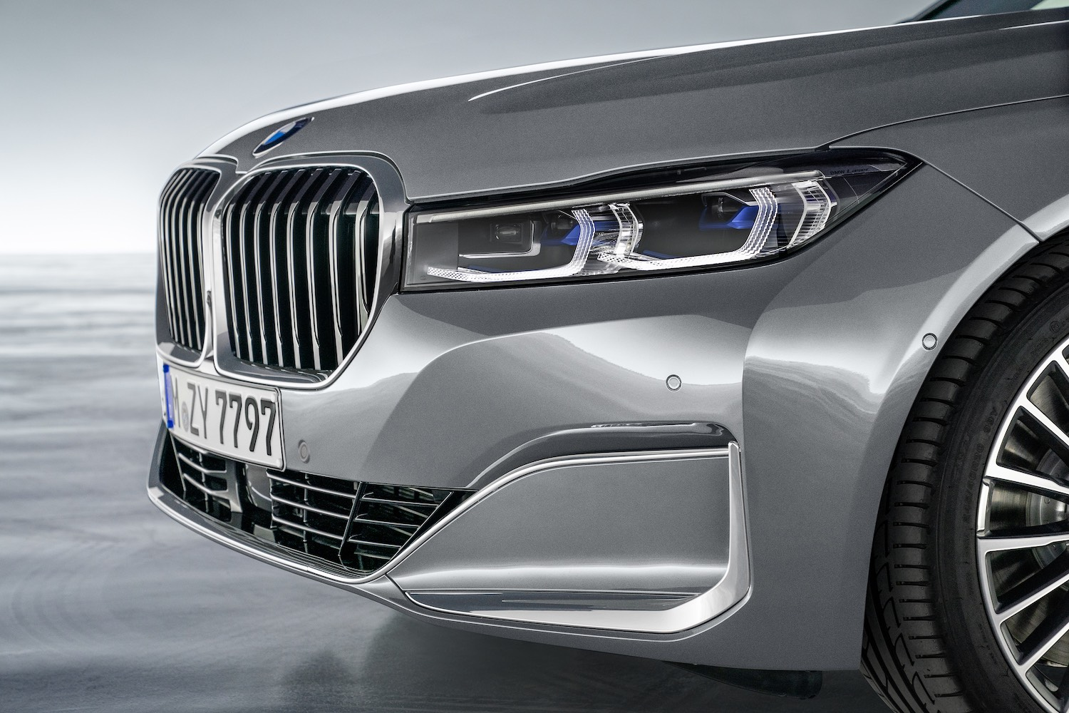 BMW 7 lifting 2019