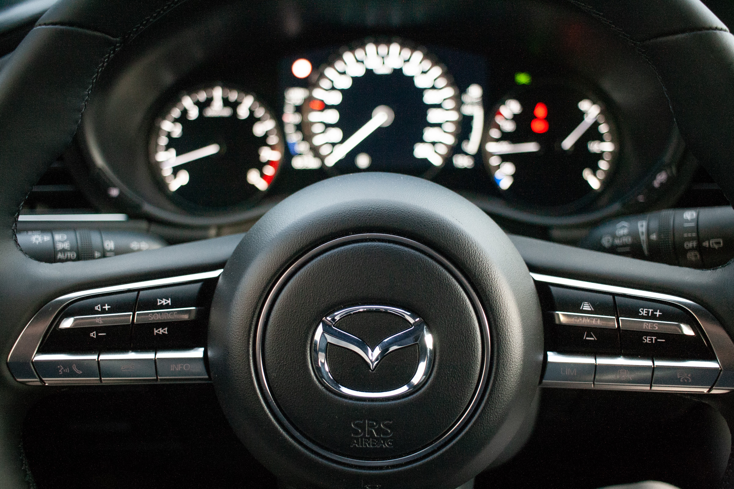Nowa Mazda 3 2019 test