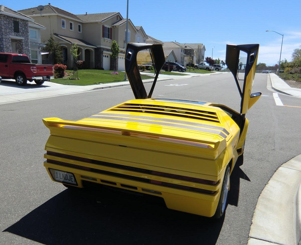 Vector W8 żółty