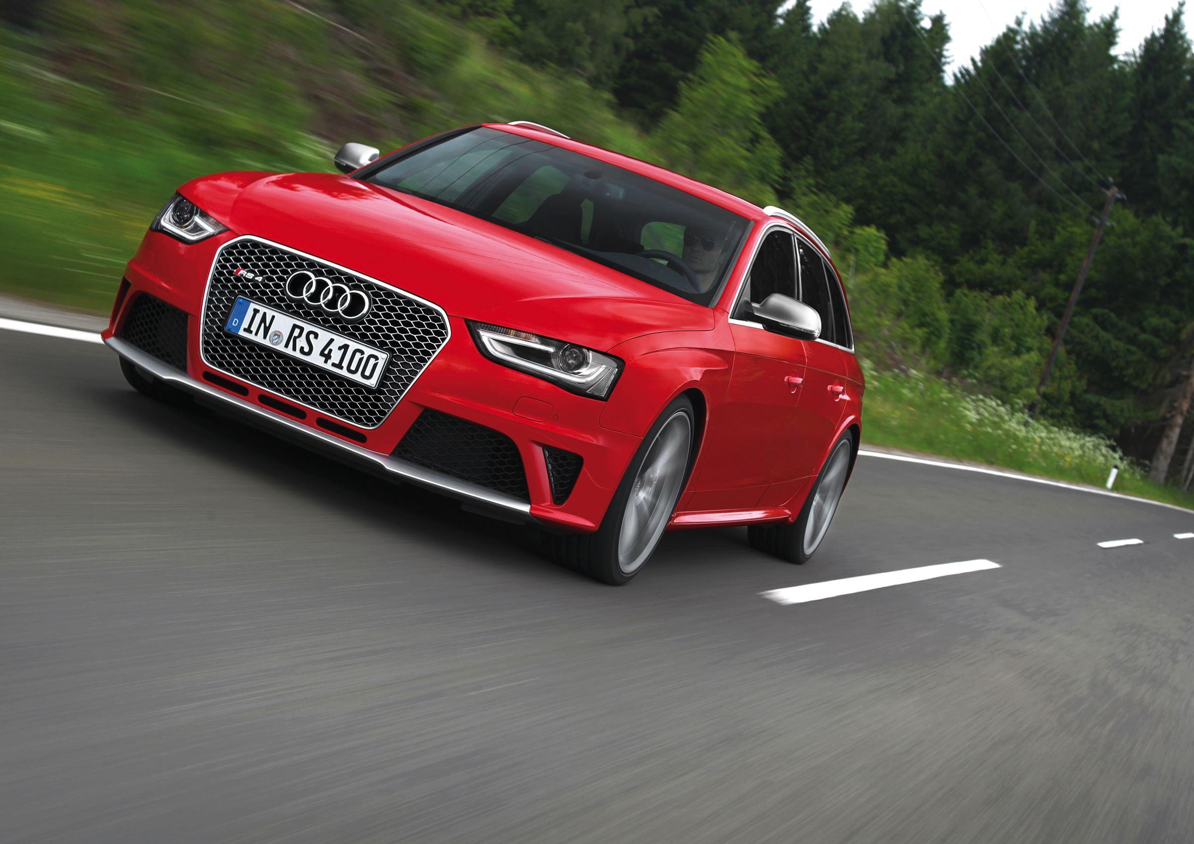 Audi A4 historia