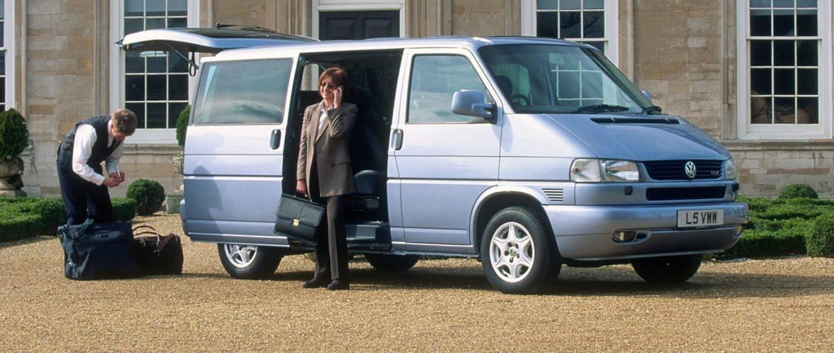 effd15c930 Przegląd ofert  Volkswagen T4 Caravelle i Multivan. Ależ one drożeją
