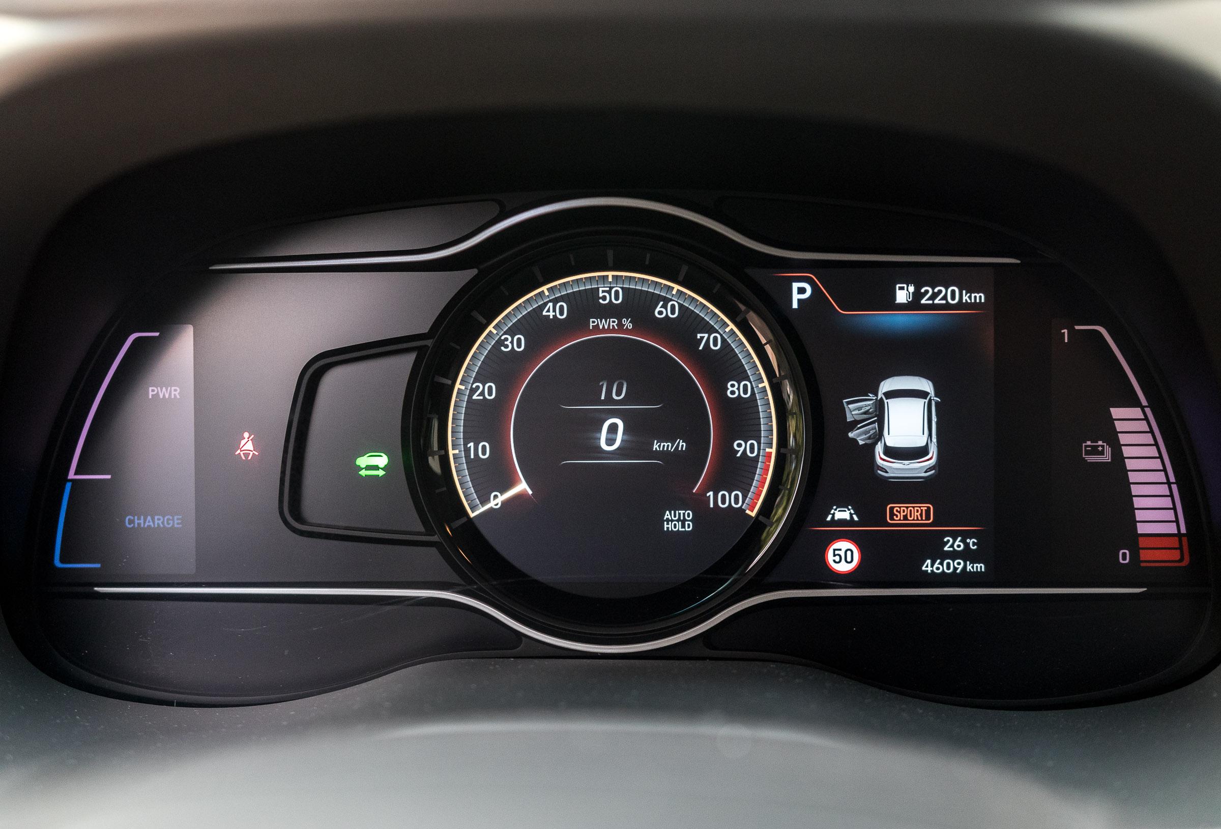 Hyundai-Kona-Electric-opinie-26