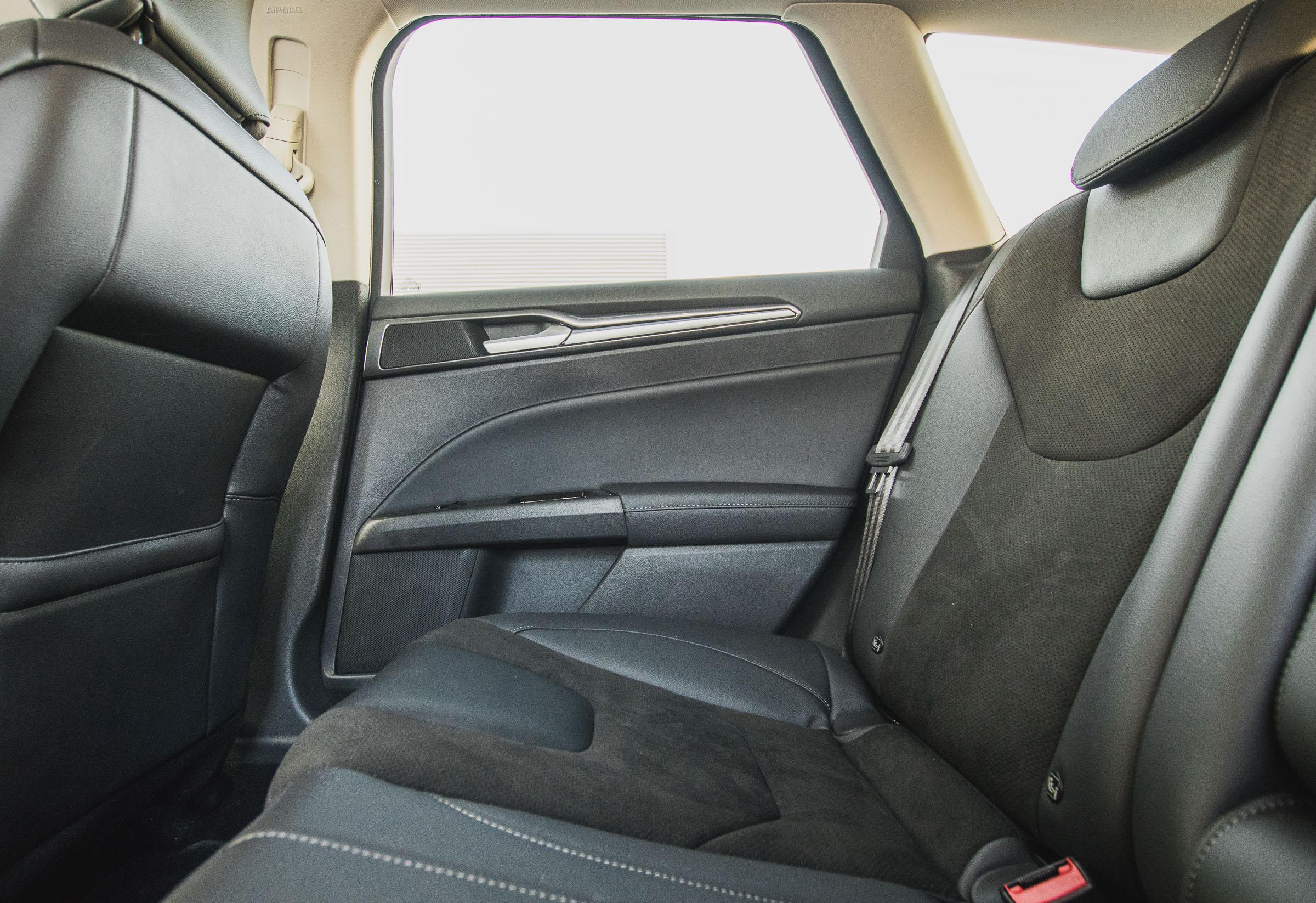 Ford Mondeo Hybrid kombi 2019