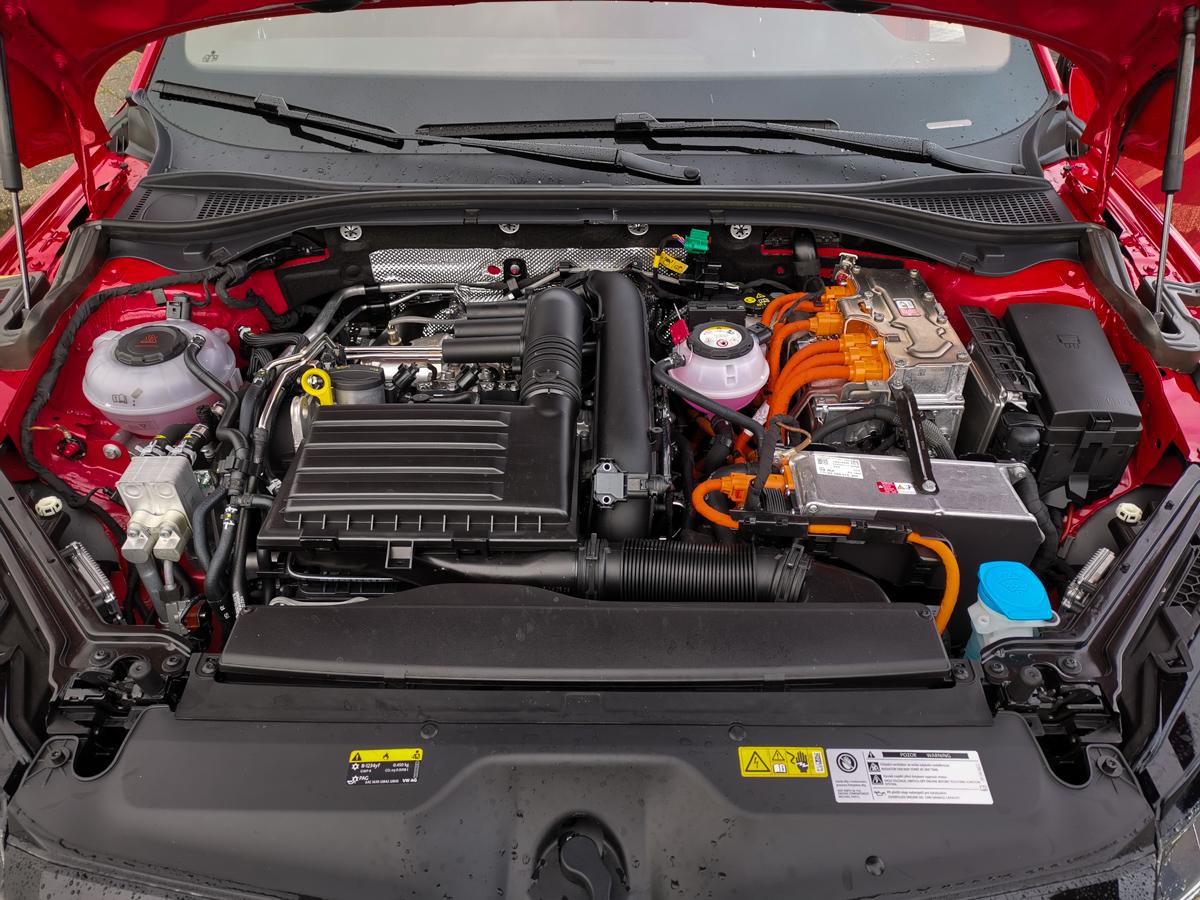 Skoda Superb iV hybrid test