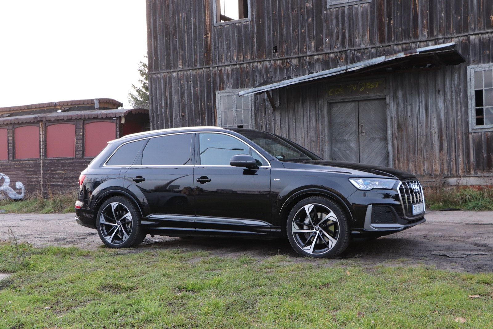 audi q7 lifting test