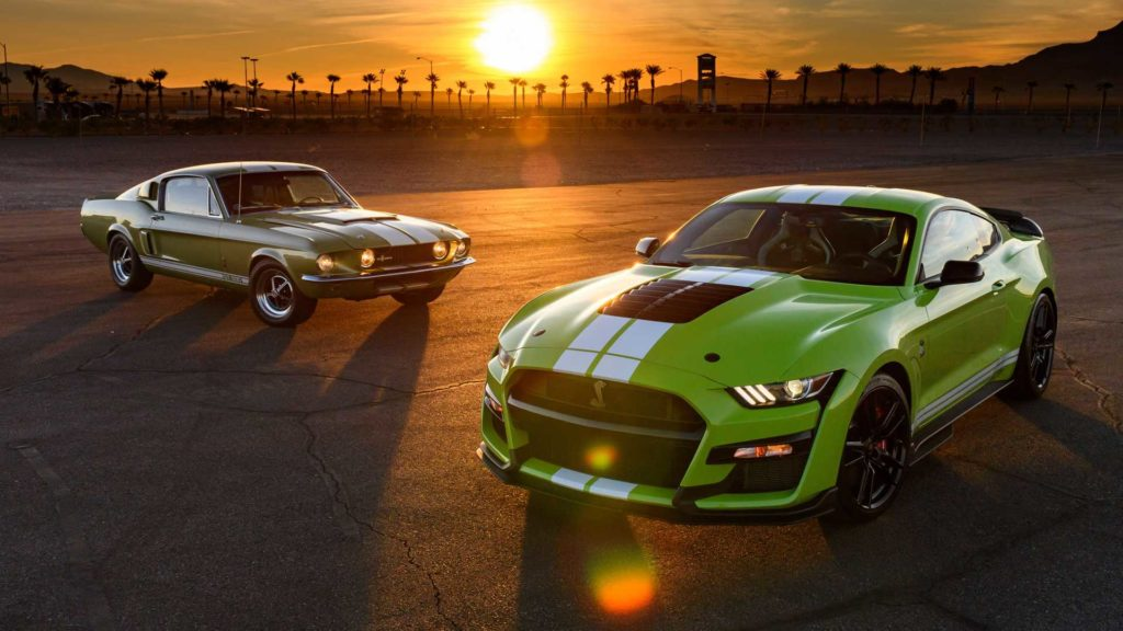 Ford Mustang cena
